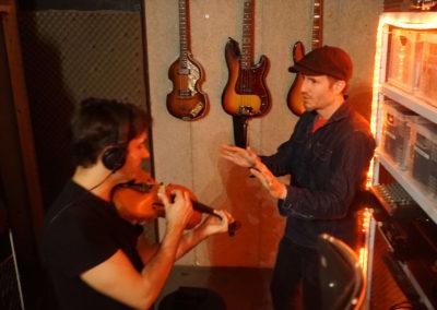 violin conduct